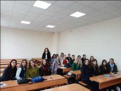 Просвітницька зустріч практичного психолога ТПК ВНАУзі студентами ВДПУ